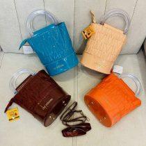 خرید اینترنتی کیف فانتزی شیک و جذاب LOVE MOSCHINO در رنگهای متنوع با ابعاد17*20 با قیمت مناسب